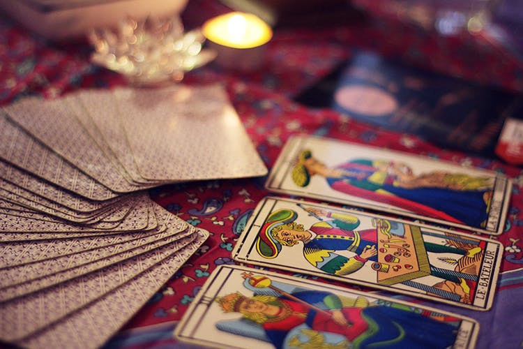 The Benefits of Online Card Reading Sites